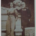 Carte postala ilustrata - Principesa Elisabeta impreuna cu bunicul sau regele Carol I, la Peles - 1913