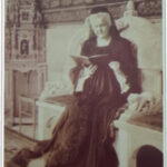 Carte postala ilustrata - Regina Elisabeta la Curtea de Arges - 1916