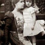 Prințesa Maria împreună cu fiica sa Elisabeta