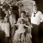 Prințesa Maria împreună cu copiii săi în 1906