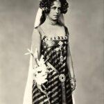 Regina Maria la magazinul Cosmopolitan, în 1898