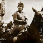 Regina Maria pe un cal