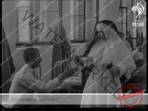 Vizita Reginei Maria într-un spital, în anul 1917